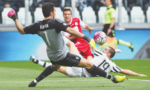 No let up as champions Juve win again