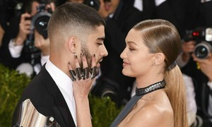 Zayn Malik and Gigi Hadid make their red carpet debut as a couple and it's adorable