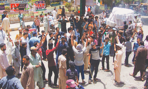 Heat spell sears most districts of Sindh
