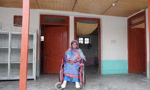 Pakistan's 'quake-resistant' straw homes