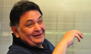 Congress workers name public toilet after Rishi Kapoor
