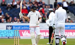 دوسرا ٹیسٹ:انگلینڈ کے سری لنکا کے خلاف 310 رنز