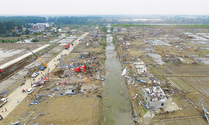 Savage storm pummels Chinese province, kills 98