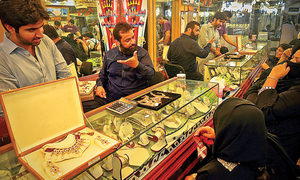 Gold price crosses Rs50,000 per tola