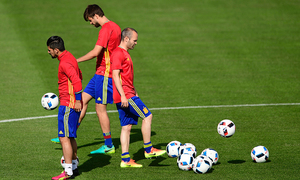 Ten Spain players tested for doping