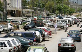Encroachments on Murree Road create problems for pedestrians, motorists