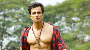 Did you know? Sonu Sood has a cameo in Pakistani rom-com 'Ishq Positive'