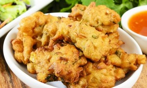 What happens when a total novice makes pakoras for the first time?
