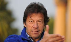 Imran slams NAB for giving clean chit to Dar