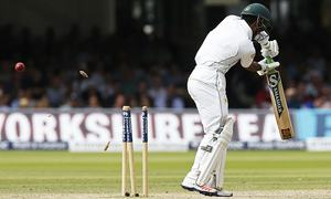 Ultra-defensive batting thwarts Pakistan's chances
