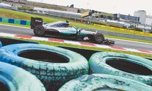 Rosberg fastest in practice as Hamilton crashes out