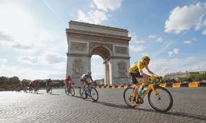 Froome cements Tour great status with third title