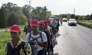 Migrant protesters nearing Hungary border