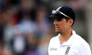 No follow-on: Cook's call is moral triumph for Pakistan