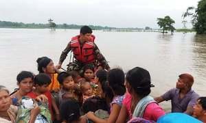 ہندوستان، نیپال میں طوفان سے 90 سے زائد ہلاکتیں