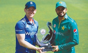 Azhar hopes Pakistan transfer Test form into England ODI series