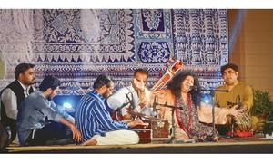 Abida enthrals music lovers