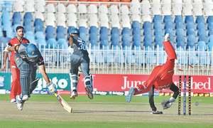 Peshawar, Lahore Blues clinch easy wins