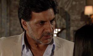 UK soap sacks Pakistan-born actor for offensive India tweets