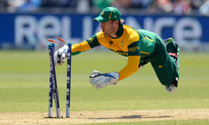 Surgery rules out De Villiers for Australia series