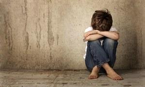 کیا والدین بچوں کے ذہنی مسائل نظر انداز کر رہے ہیں؟
