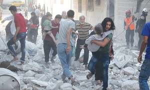 Russia keeps up Syria bombing as UN urges Aleppo evacuations