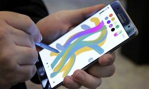 """Samsung slammed by Chinese state TV over Note 7 recall """"discrimination"""""""