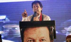 Will not let govt function if Nawaz doesn't present himself for accountability: Imran