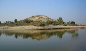 اچھڑو تھر: جھیلوں اور سفید ٹیلوں کا ریگستان