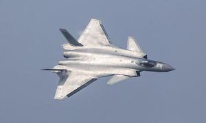 چین کے خفیہ جے-20فائٹر طیاروں کی زہوہائی میں پرواز