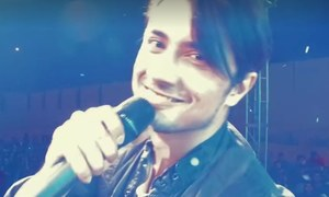Ali Zafar takes the mannequin challenge to a whole new level