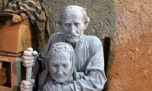 فقیرو فقیرا: مٹی سے احساسات گوندھنے والا مجسمہ ساز