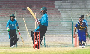 Ton-up Shehzad spurs chase as HBL, SSGC  set up final clash