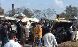 At least 14 dead in van collision near Jhelum