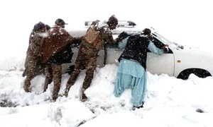 Heavy snowfall halts life in Balochistan, Chitral, hilly areas