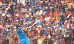 Yuvraj, Dhoni power India to series victory