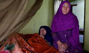 Homecoming: A Pakistani daughter reunites with her Indian mother