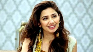 Mahira promotes Raees in Dubai, says she still can't believe she's cast in the film