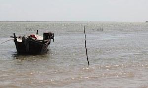 لاڑکانہ: کشتی ڈوبنے سے ایک شخص ہلاک، 12 لاپتہ