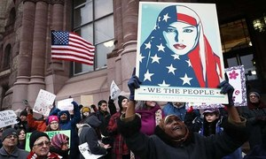 Thousands turn up at  pro-Muslim rally in NY