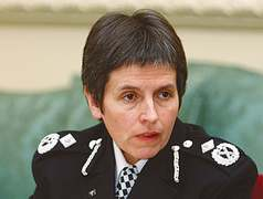 First woman named UK's top-ranking police officer