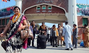 Hindu pilgrims arrive for Shivratri celebrations