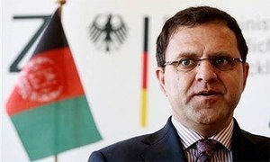 Afghanistan to airlift citizens if border is not reopened within two days: Ambassador