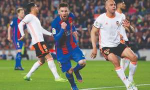Messi double edges six-goal thriller Barca's way