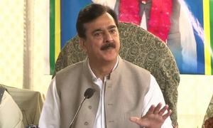 Visa controversy is a non-issue, says Gilani