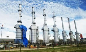 Strapped for cash, govt 'reluctant' to pay dues of IPPs