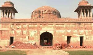 لاہور میں واقع دائی انگہ اور بدھو کے مقبروں کی پُراسرار کہانی
