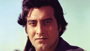 Vinod Khanna had roots in Peshawar