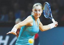 Second straight win takes Sharapova into quarters