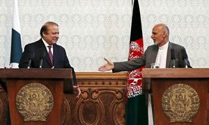Pakistani parliamentarians leave for Kabul to ease tension